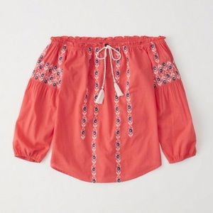 Abercrombie boho style embroidered top XL